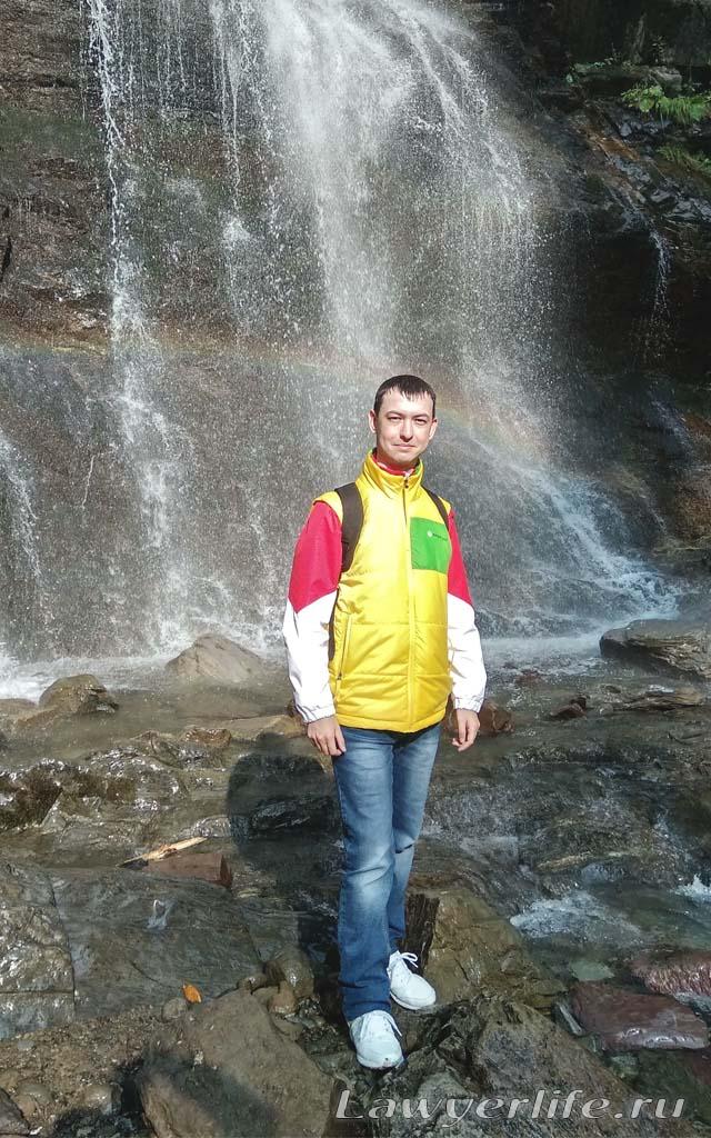 Один из красивейших водопадов Розы Хутора на мой скромный взгляд